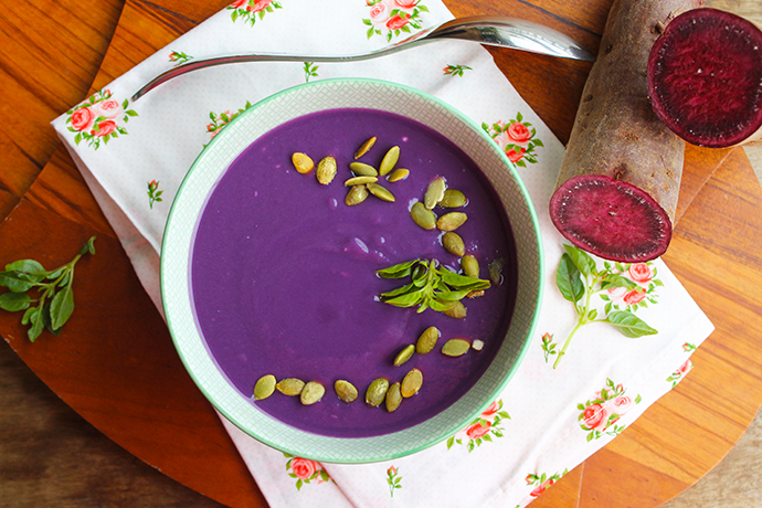 Sopa Cremosa de Batata-doce roxa