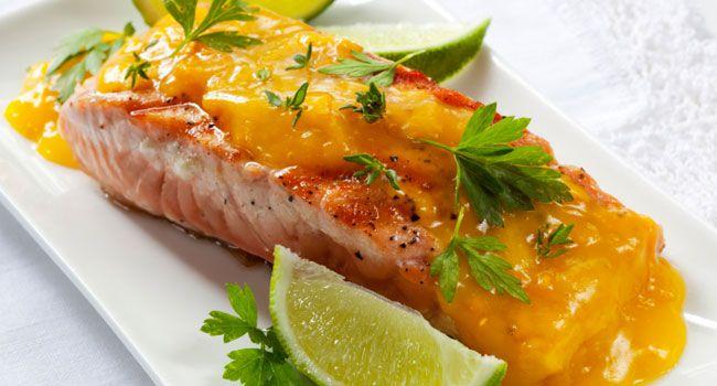 Salmão com molho de laranja kinkan e mini legumes!