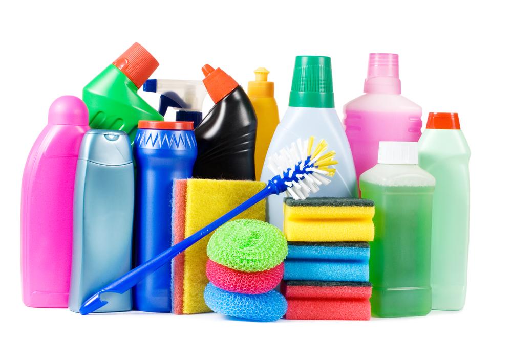 Separe os produtos de limpeza por categoria