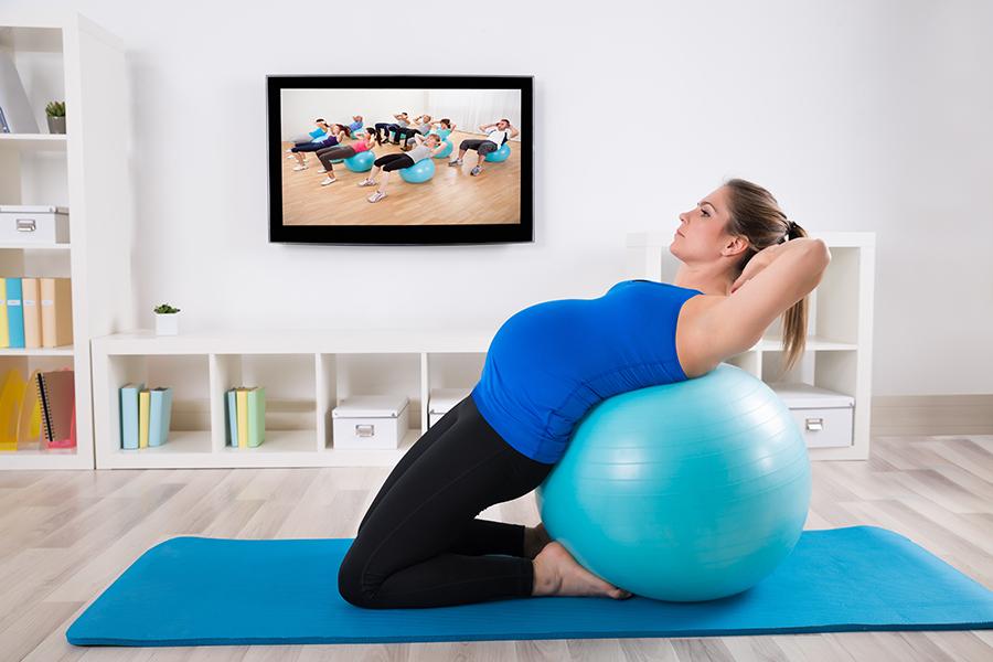 Pilates para mães: benefícios da gestação ao pós-parto