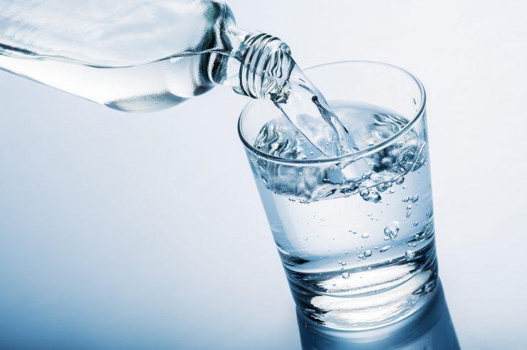 Beba 2 litros de água por dia!