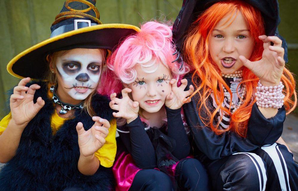 7 brincadeiras para animar sua festa de Halloween!
