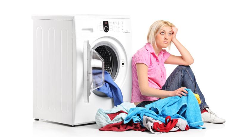 Erros que cometemos na hora de lavar as roupas